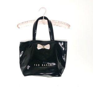 Ted Baker   Haricon Vinyl Shoulder Bag